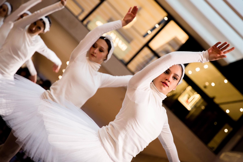 Dancin'bo-natale-2019-5